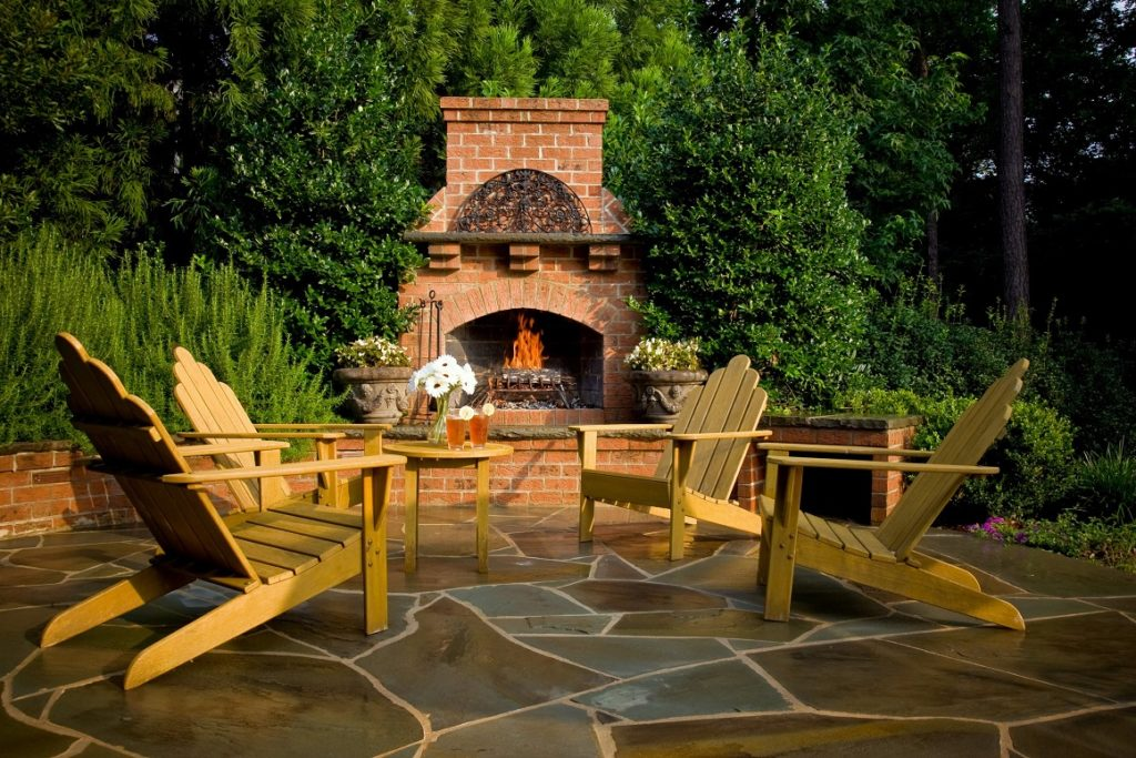 Outdoor Fireplace & Patio