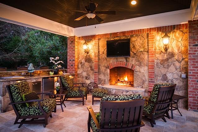 Outdoor Fireplace & Covered Porch