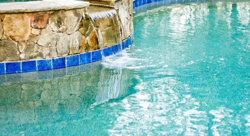 Which Inground Pool is Better, Gunite or Fiberglass?