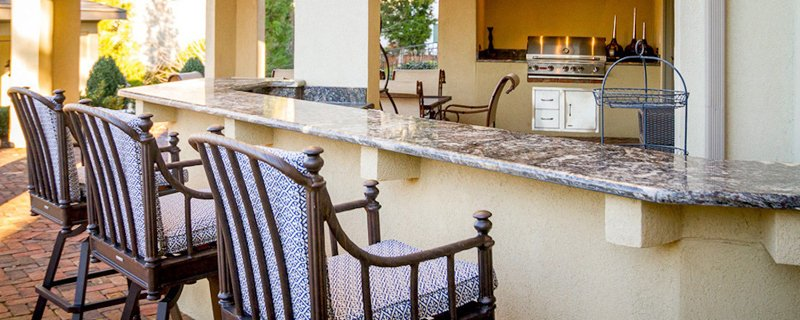 Outdoor Kitchen Counter Space