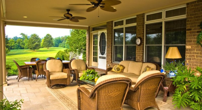 Covered Porch, Pool House or Cabana. Which is Best for You?